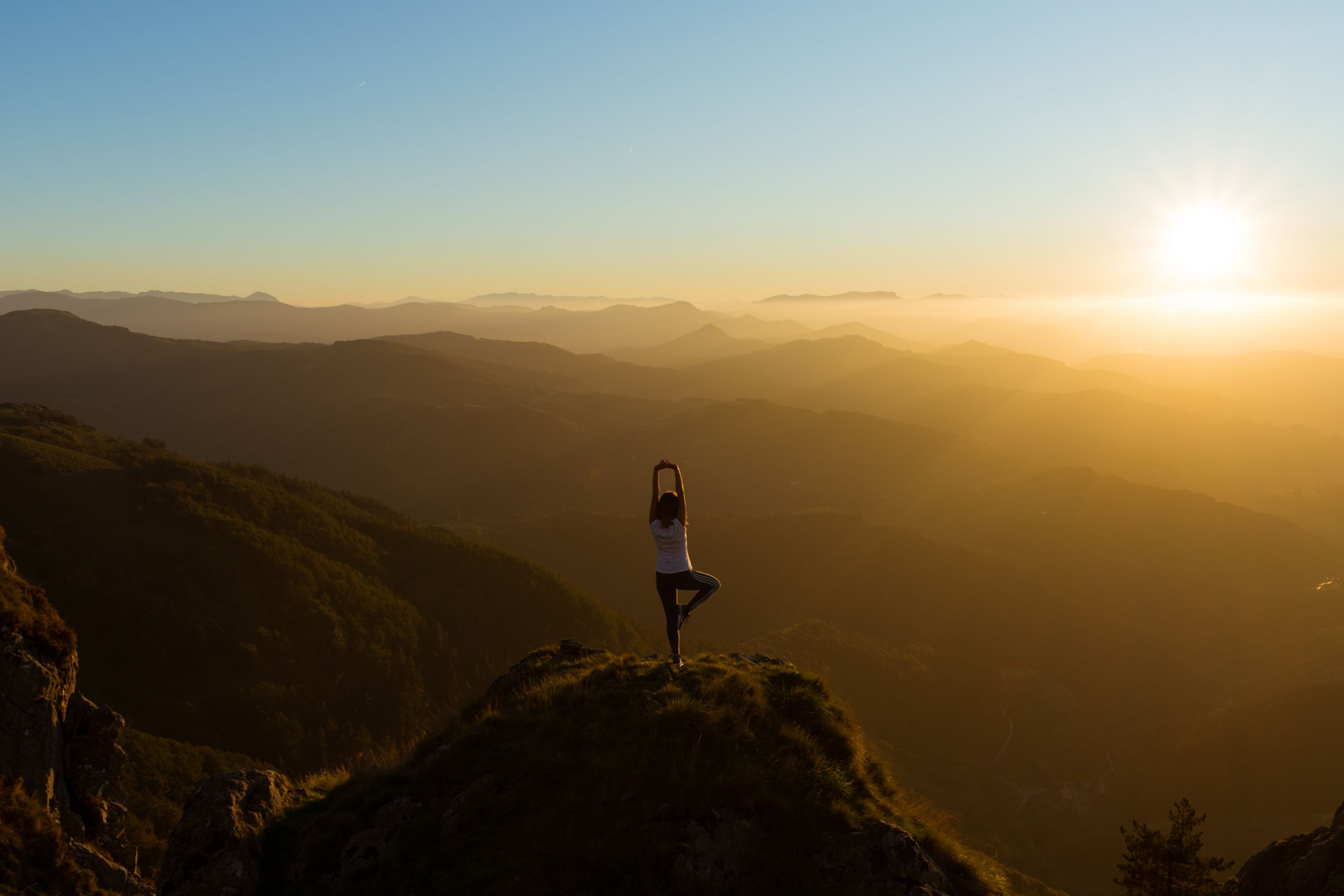 8 steps for practicing holistic yoga